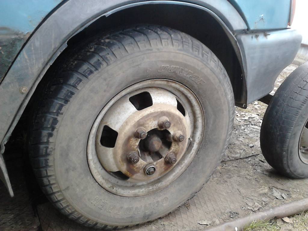 "резина ""Dunlop Grandtrek"" 245/70 R 16"