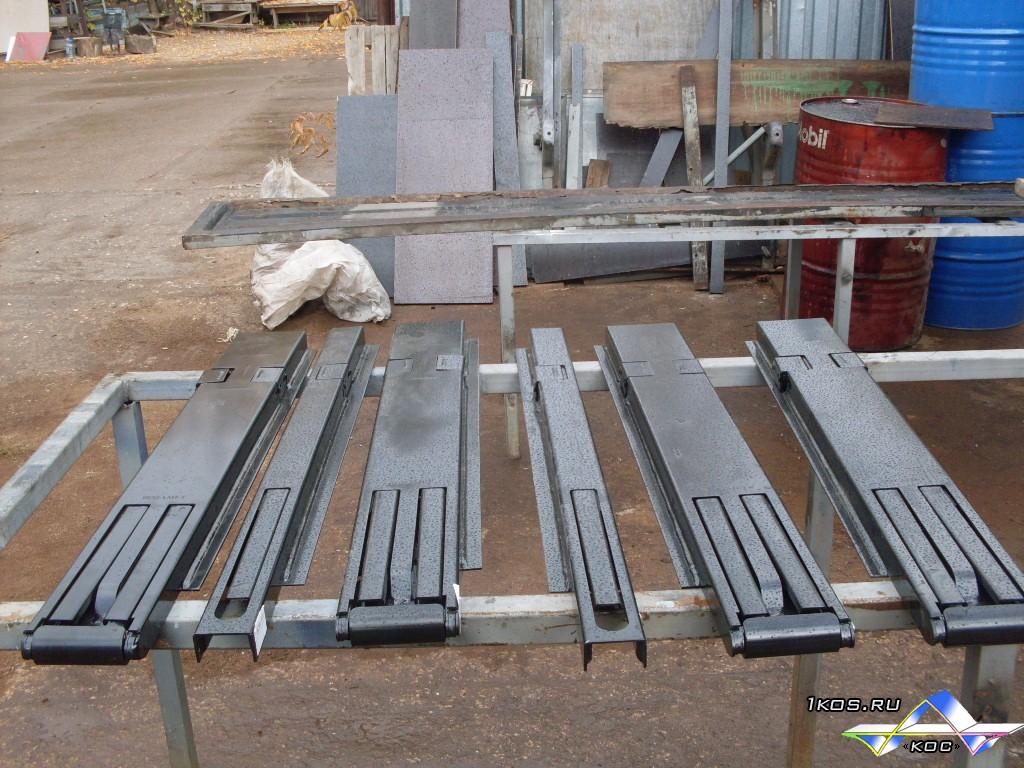 Съёмные стойки со встроенными замками: передние, средние, задние.
