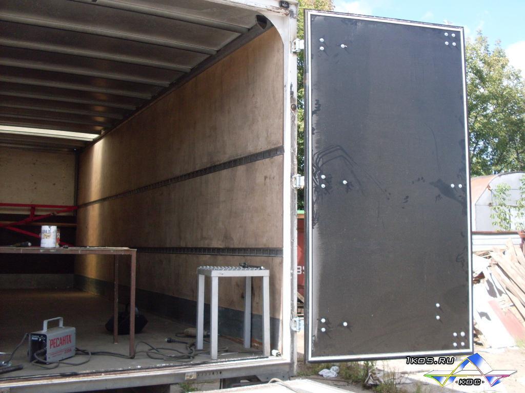 Ворота из алюминиевых композитных панелей.