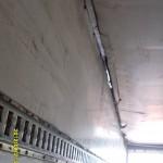 Просадка крыши фуры до ремонта.