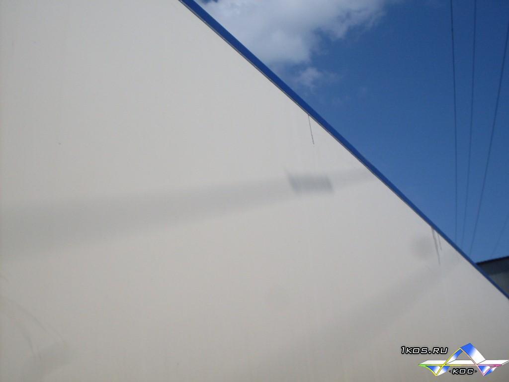 Ремонт крыши фургона длиной 13,6 м и шириной 2,6 м.