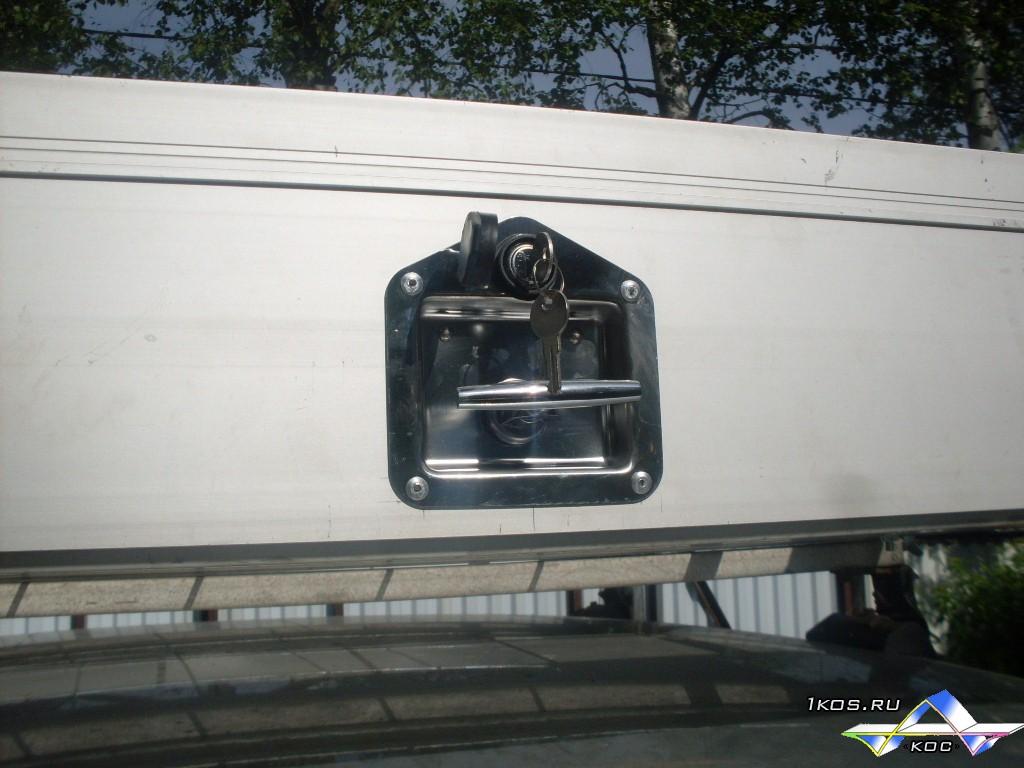 Вариант открытого или закрытого багажника с замком из нержавейки.