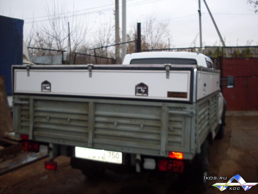 Большой кунг для грузовика.