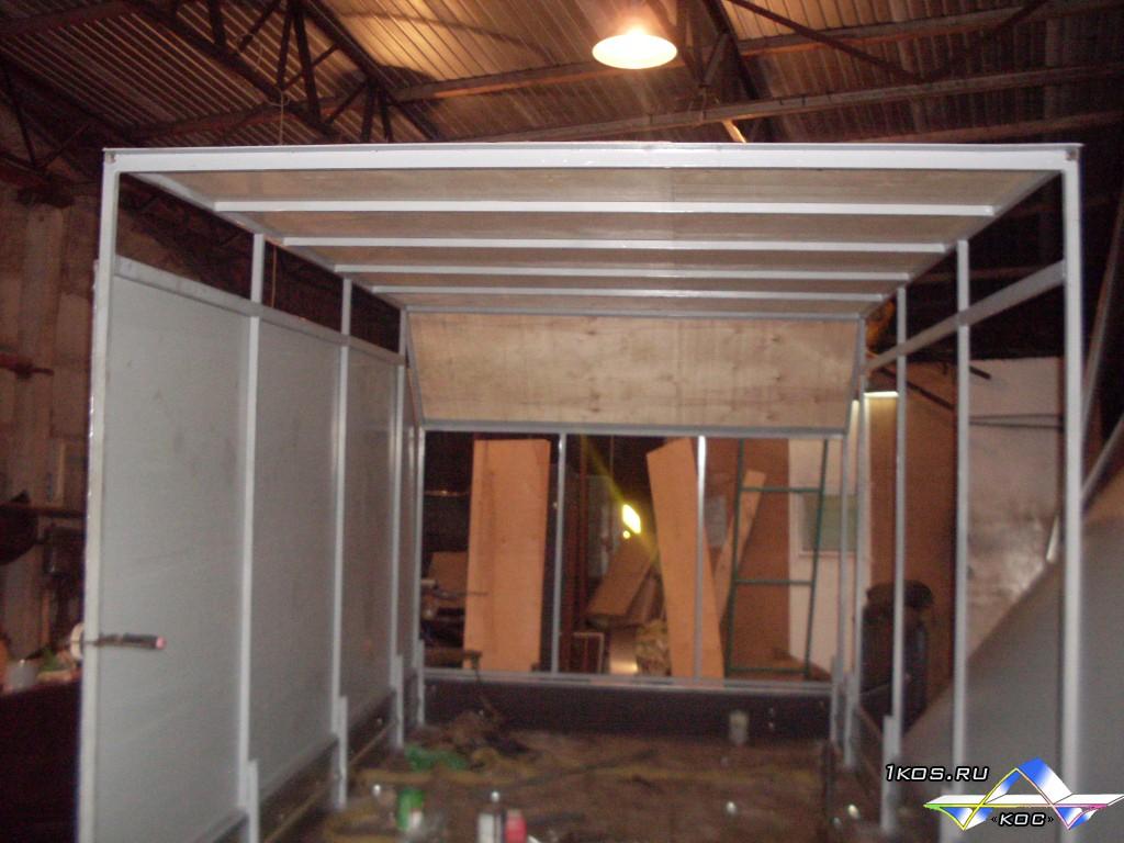 Установка крыши и монтаж обшивки фургона.